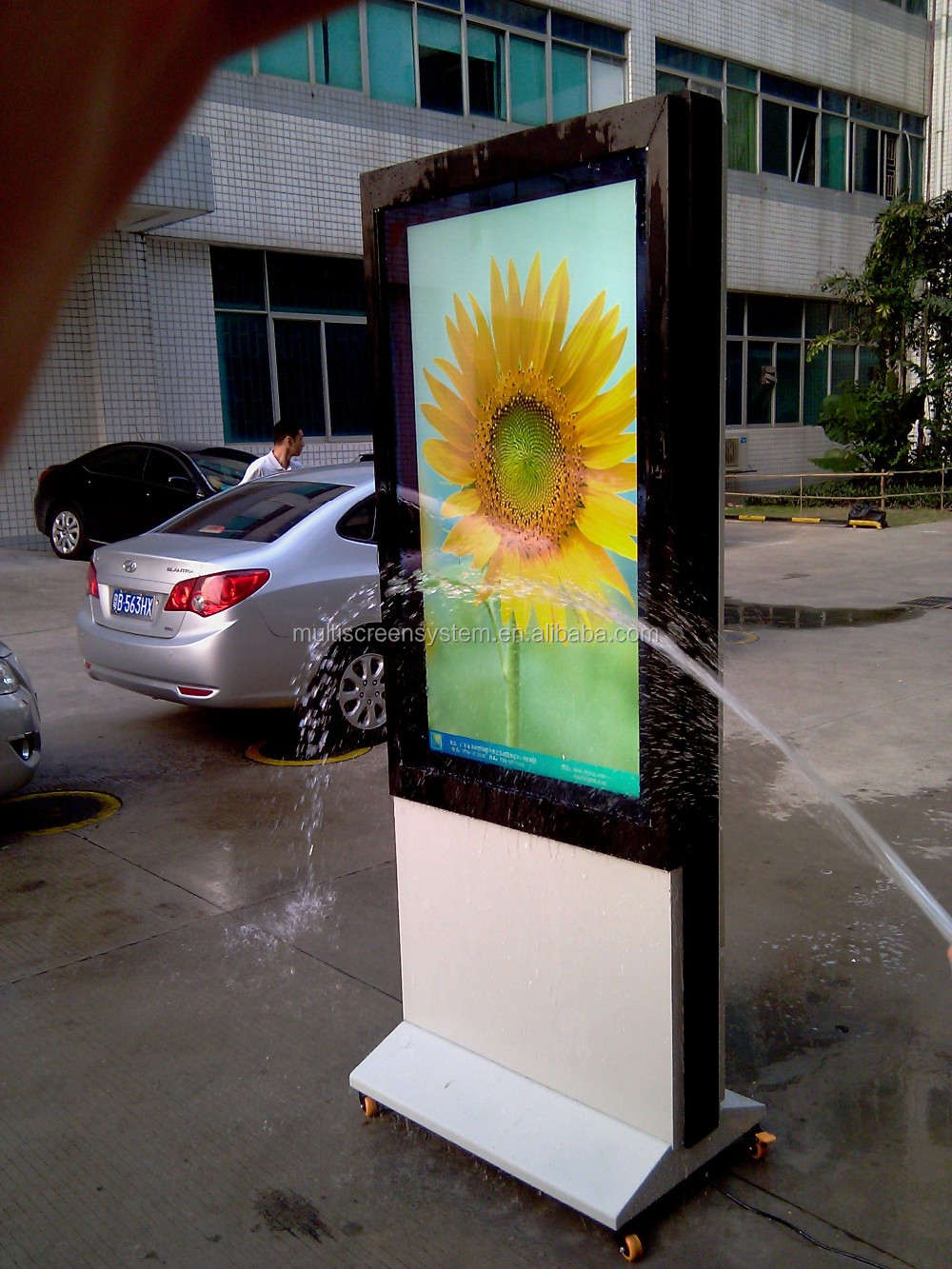 EKAA 3000nits Outdoor High Brightness LCD Advertising Monitor