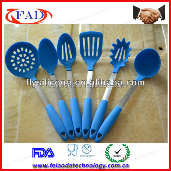 Bule fashion colorful tools silicone kitchen utensils and for Colorful kitchen tools