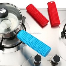 Heat resistance flexible silicone pan handle cover,custom silicone pan rubber handle cover/pot handle holder