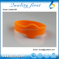 13.56MHz Closeloop Sillicone F08 Access Bracelet for Park Swimming Pool Waterproof
