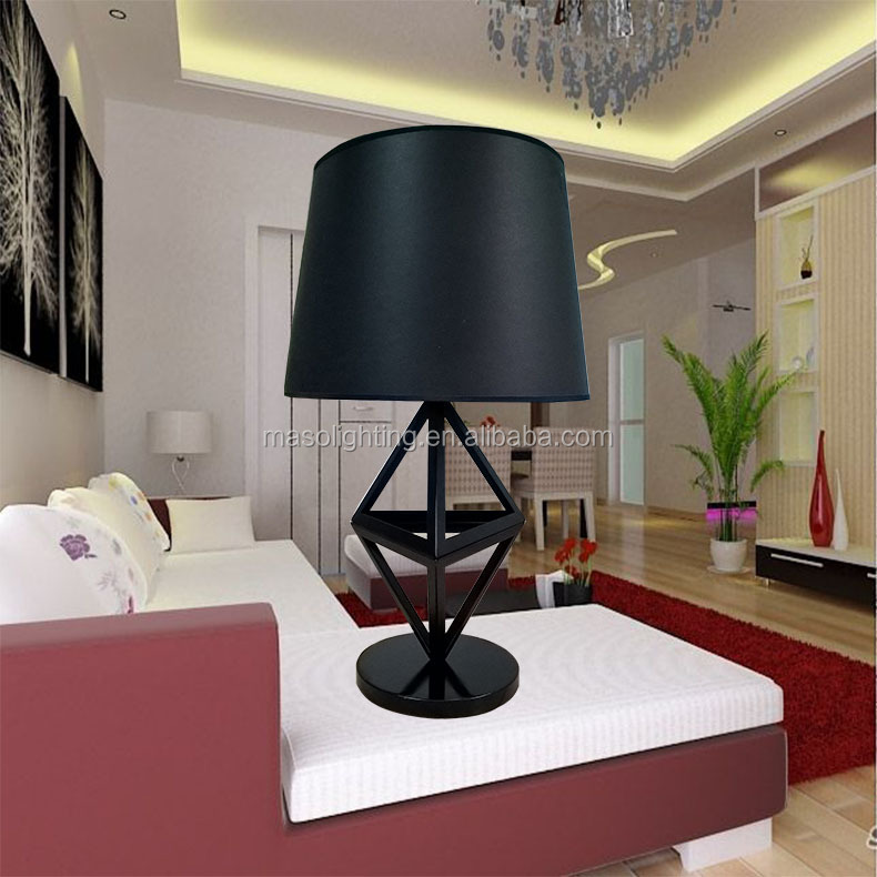 New Designed Black coating Diamon Indoor Decorative Table Lamp Cone Shape Elegant Wrought Iron Table light for Decor