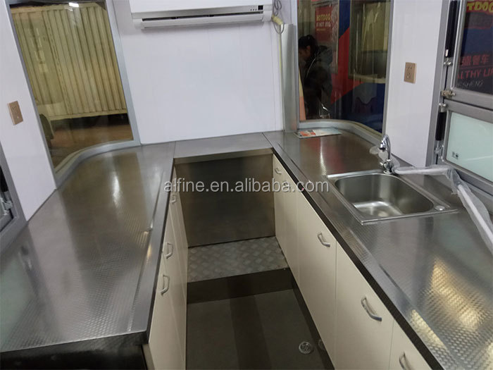 high quality hot selling catering trailer food truck