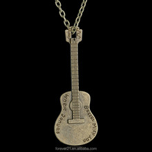 >>>2016 Fashion Women Jewelry Stainless Steel Customized Engraved Guitar Shaped Necklace /