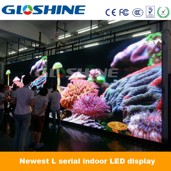 innovative advertising waterbird video hd p5 led display screen hot xx
