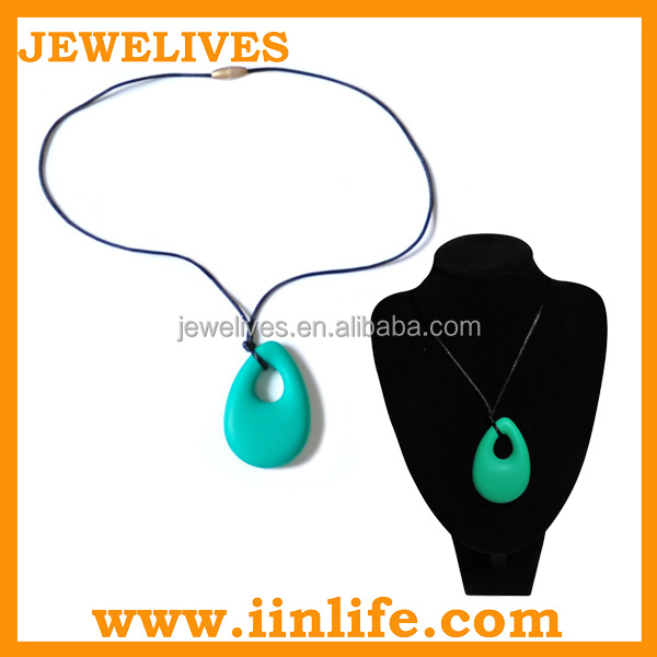 Alibaba website new product for babies teether teething pendant silicon