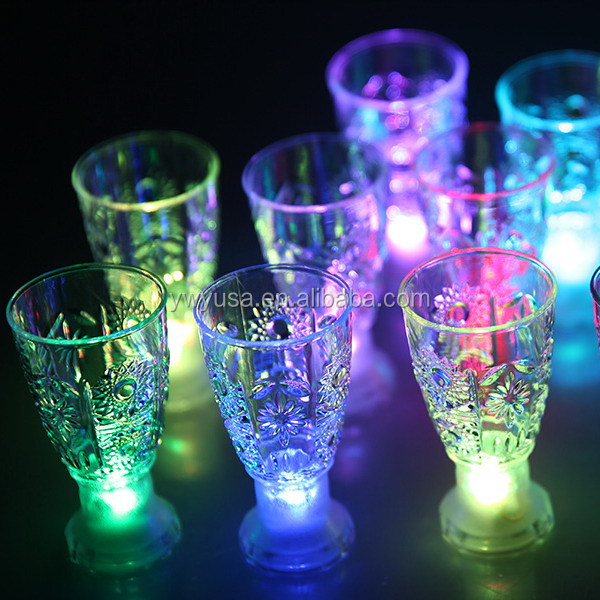 party favor glowing Bar Item LED Glass Led Flashing Cup