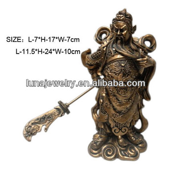 Fabulous Hong Tze Collection feng shui Standing Guan Gong Holding Guan Dao