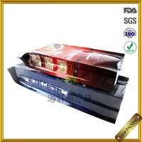 foldable ground coffee packaging with degassing valve