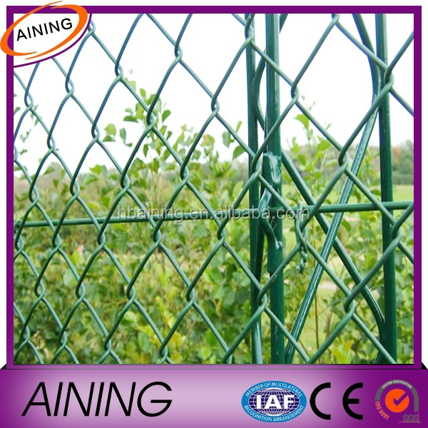 Chain link metal fence decoration
