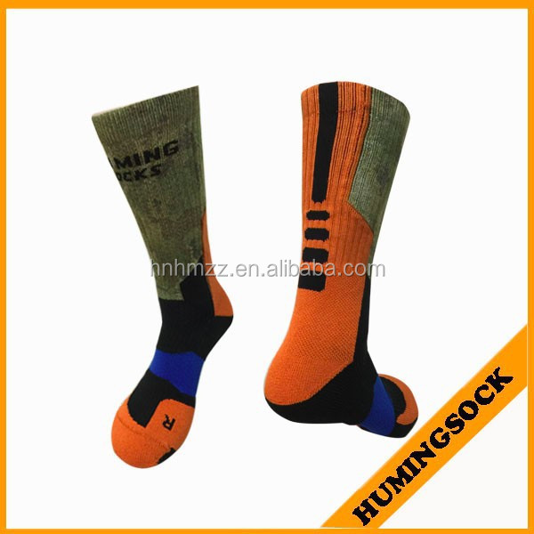 Fashion Men quick wick fabric Basketball Sublimated Socks