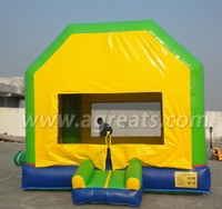 2016 New design removable bouncy castle inflatable bouncer with art banners G1184