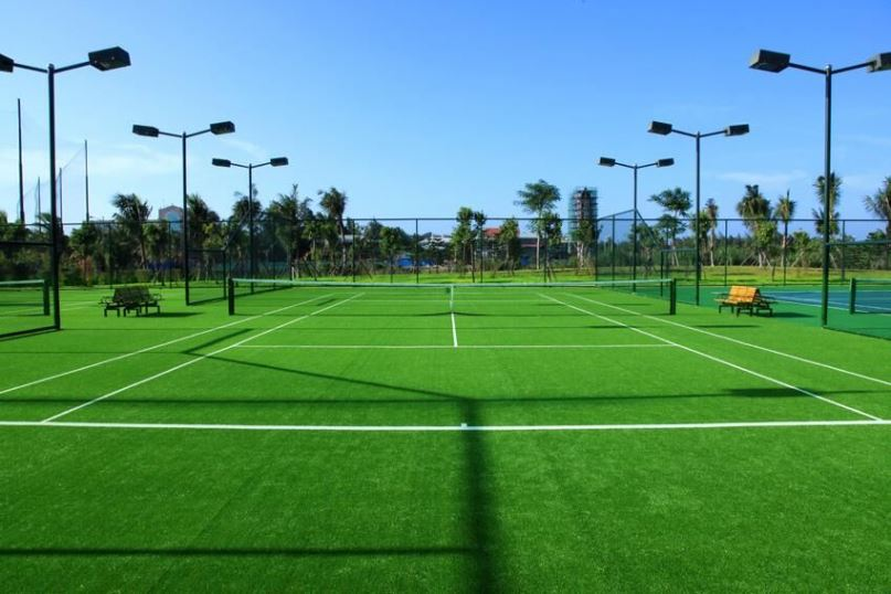 Factory Wholesale Green Plastic Indoor Soccer Childcare Facilities Artificial Turf Saudi Carpet