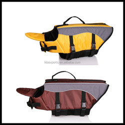 Strong stitching, solid buckles, high quality life jacket make pet dogs safe in the water