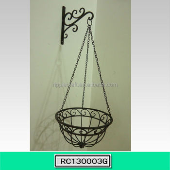 Wrought iron wall mounted flower pot stand for garden for Adornos colgar pared