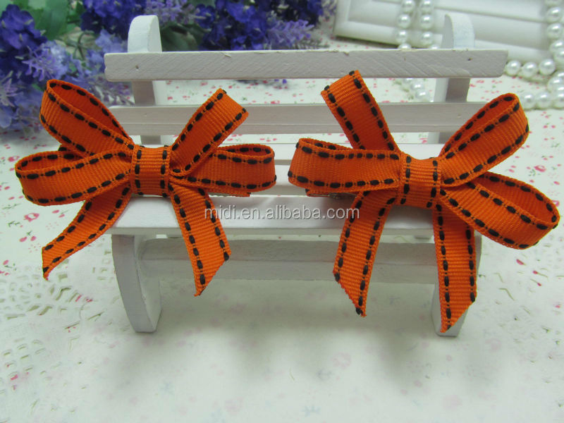 4.5CM Lined Alligator clip with grosgrain ribbon flower