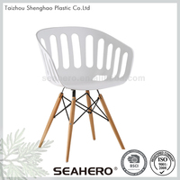 Strong And Durable Leisure High Back Wooden Dining Chair