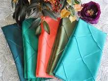 Pintuck taffeta table cloth wholesale with napkin