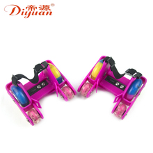 China hot sale 4 wheel flashing roller skates with led lights