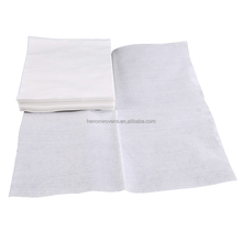 Viscose/polyester spunlace nonwoven fabric for wipes