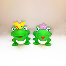 Hot Sale Promotional Floating Prince & Princess Bath Rubber Frog