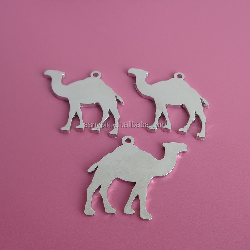 3d camel shaped silver necklace pendant charms Arabic camel metal crafts