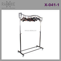 Ramie Hangers Mannequins Racks Paper Products:Fashionable Design Metal Display Rack for Garment Shop