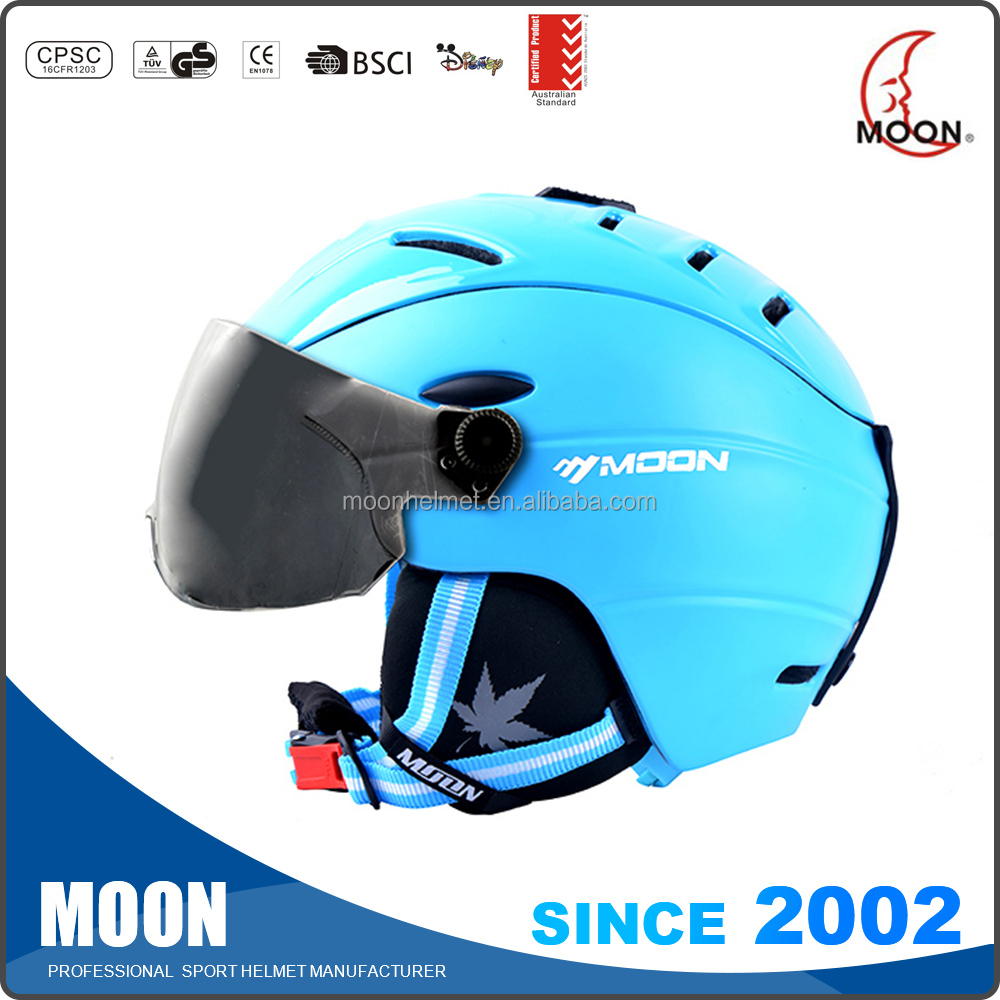 Women ski helmets with audio