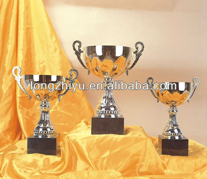 Traditional Design Silver And Glod Metal Trophy Cups