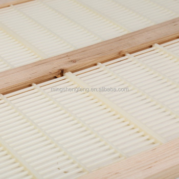 Wooden Frame Plastic Bee Queen Excluder For Beekeeper