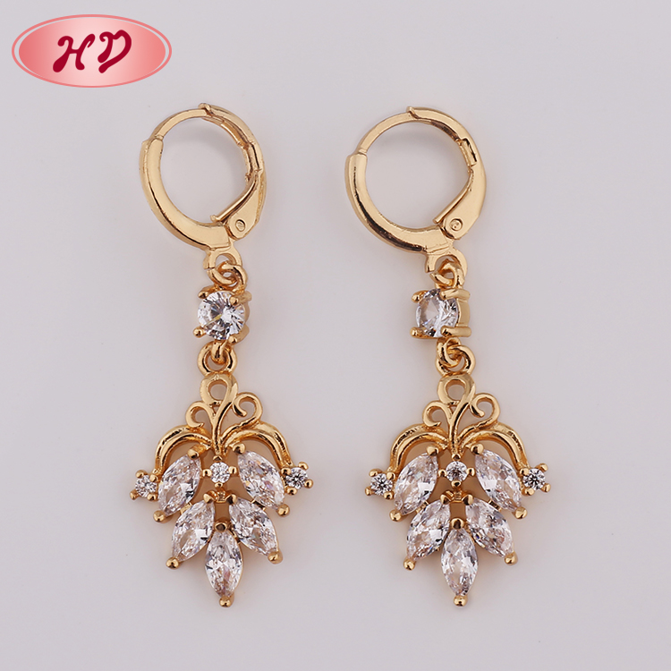 Guangzhou Hengdian Daily Wear Hanging Brass Fashion 18K Gold Women Ear Rings