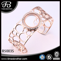 Hot sale fashion 316L stainless steel rose gold bracelet,open glass magnet locket bangle in China