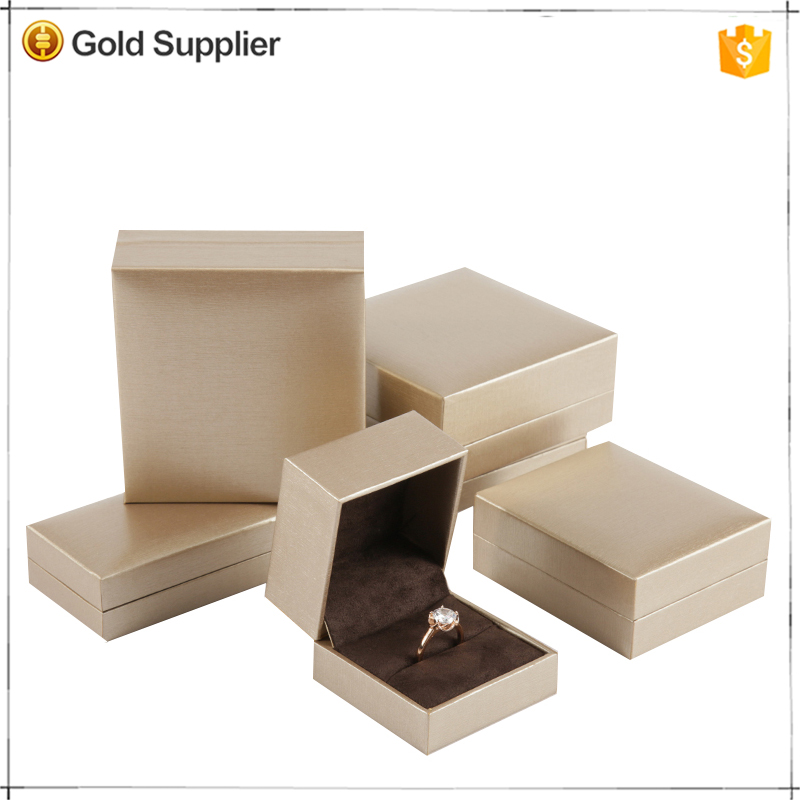Cheapest customizable plastic made brown ring jewelry box