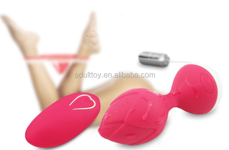 Rechargeable Wireless remote control full silicone waterproof vibrator wireless bullet sex toys vibrator for woman