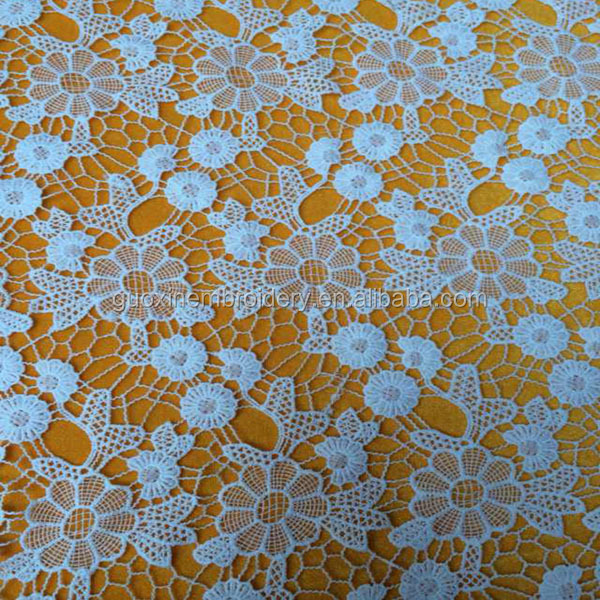 2014 fashion beautiful flower water soluble lace fabric /chemical lace fabric/Guipure lace