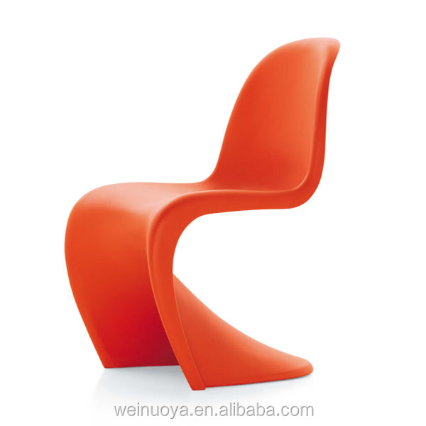 Fashionable Customized Designer Furniture Fiberglass Chair with High Gloss Finishing and Suitable for Sitting Room