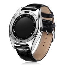 2017 New Arrival Shenzhen Factory 1.3 inch IPS Round Screen Smart Watch Mobile Phone with Heart Rate Monitor
