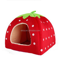 Wholesale Dog Product Indoor Foldable Strawberry Shape Kennel Pet Dog House