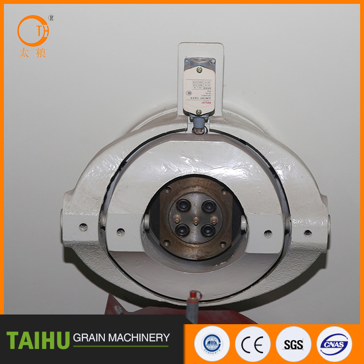 NEW fish feed pellet machine factory price Newest Capacity 2-25t/h gear direct-connecting driving