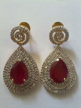 ZIRCON EXCLUSIVE DESIGNER EARRING WITH RED GEMSTONE