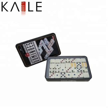 Domino set Met Ijzeren doos/Tin box