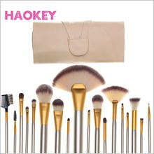wooden handle nylon hair 18 pcs make up brush sets with OEM design