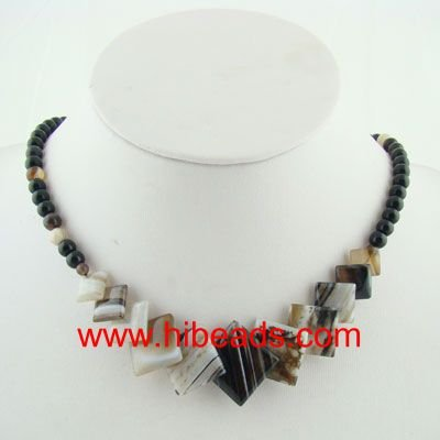 black banded agate gemstone necklace GMN0221