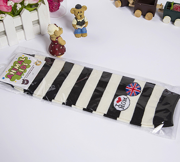 2017 fashion black and white stripe wholesale baby leg warmers
