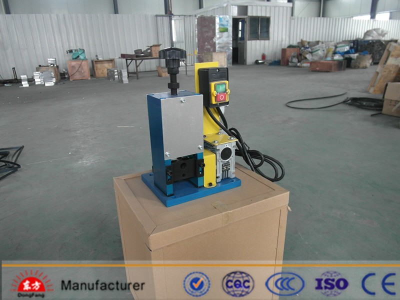 Manual Used Wire Sheath Stripping Machine For Recycling Power Cable Stripper