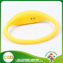New design silicone kids watch,rubber bracelet watches,waterproof silicone lady watch