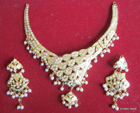Gold plated Jadau pearl NECKLACE earring set