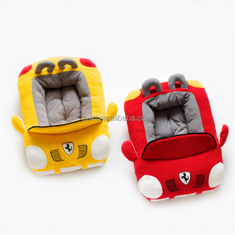 Fashion red yellow fleece Sponge soft car shaped dog bed