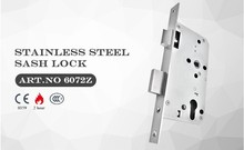 Professional Design ISO9001 CE Certifica Certified by Europe Authority stainless steel sash lock 5572Z Manager Recommanded
