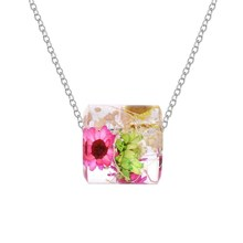 Hot-sales New design glass dried flower necklace simple crystal green grass pendant for girls gift