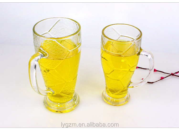 620ml Football sports glass cup with handle tea drinking glass cup